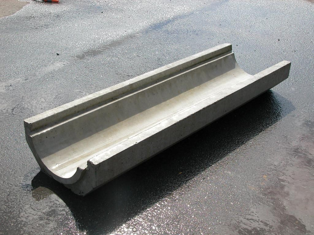 Hynds Precast Half Round Dish Channel Hynds Pipe Systems