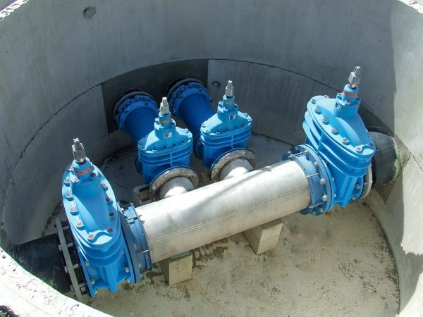 Pipeline with Hawle e2 Valves