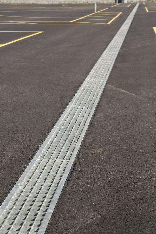 Hauraton Channel on Asphalt Sports Court Stainless Steel Mesh